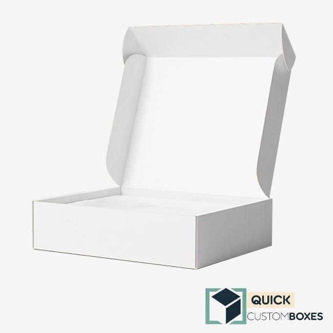 White Mailer Box
